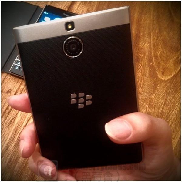 blackberry-passport-se-hk-launch2_bbc_08